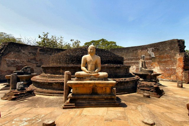 Полоннарува, Шри-Ланка