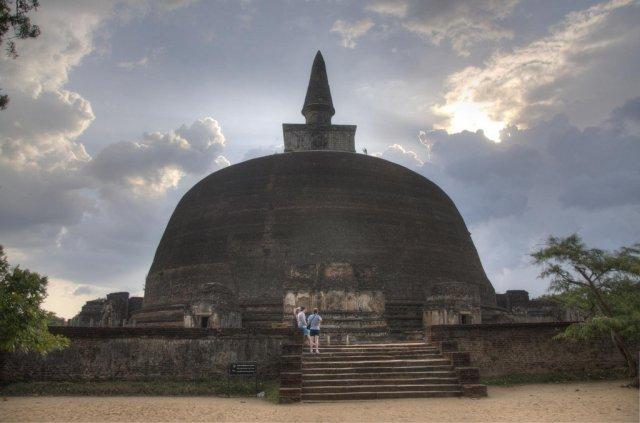 Полоннарува - древний город на Шри-Ланке