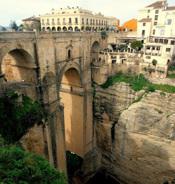 Мост Puente Nuevo в Ронде, Испания