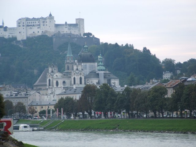 На вершине крепость Хоэнзальцбург, Зальцбург, Австрия