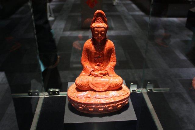 Будда в музее, Тайбэй, Тайвань