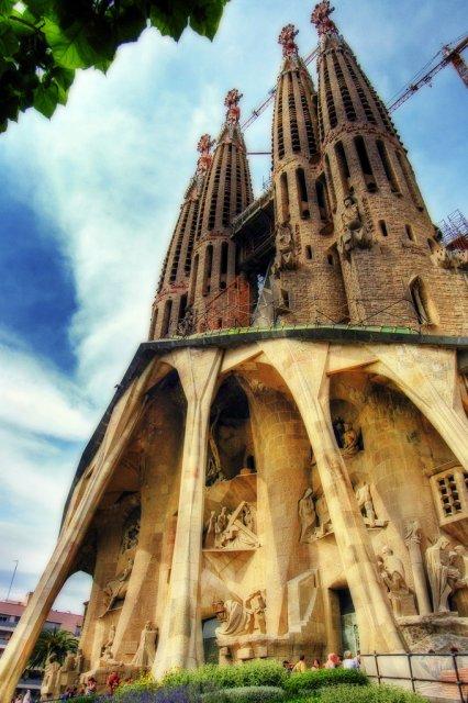 Собор Святого Семейства в Барселоне, Испания