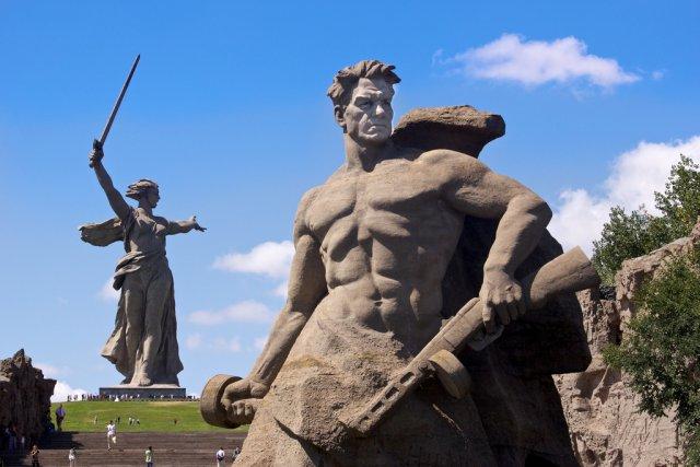 Статуя «Родина-мать зовёт!», Волгоград, Россия