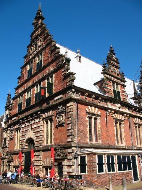 Здание Мясные ряды, в Харлеме, Нидерланды