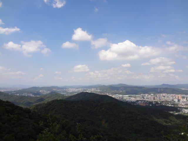 Гора Байюнь, Гуанчжоу