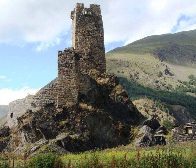 Башня Казбеги