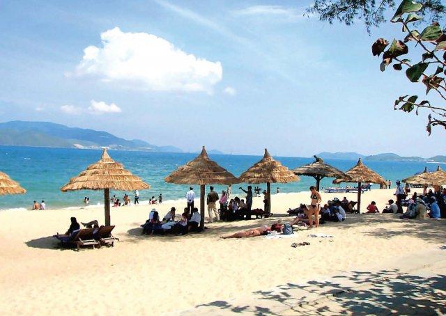 Пляж Бай Чай, Халонг