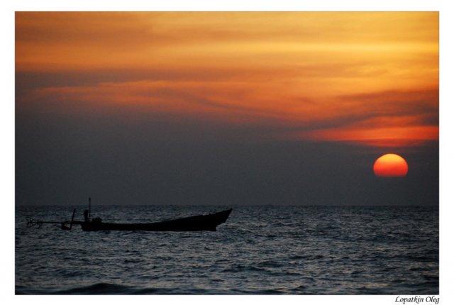 закат, Бенгальский залив