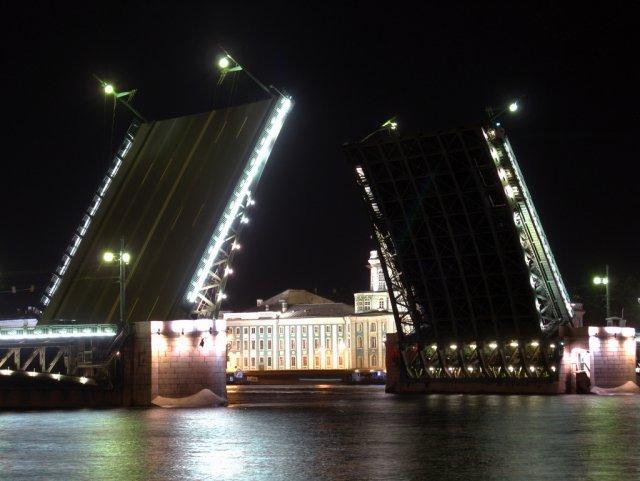 Развод мостов, Санкт-Петербург