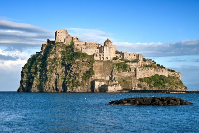 Арагонский замок, Искья