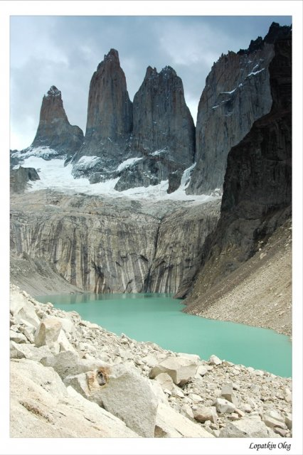 Гранитные столбы Torres Del Paine