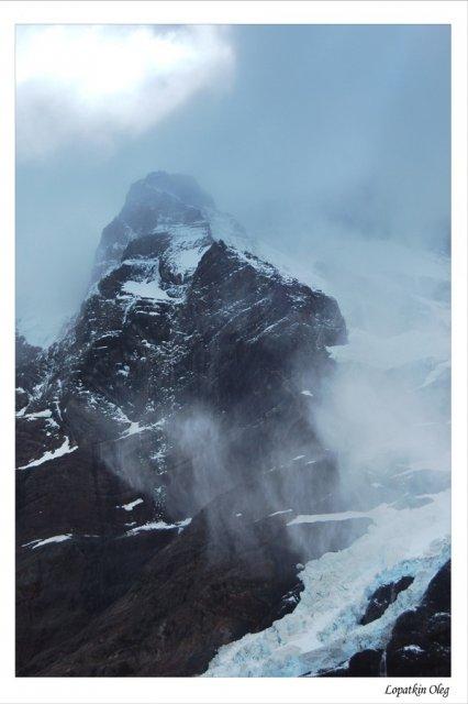 Одна из вершин горного массива Paine Grange