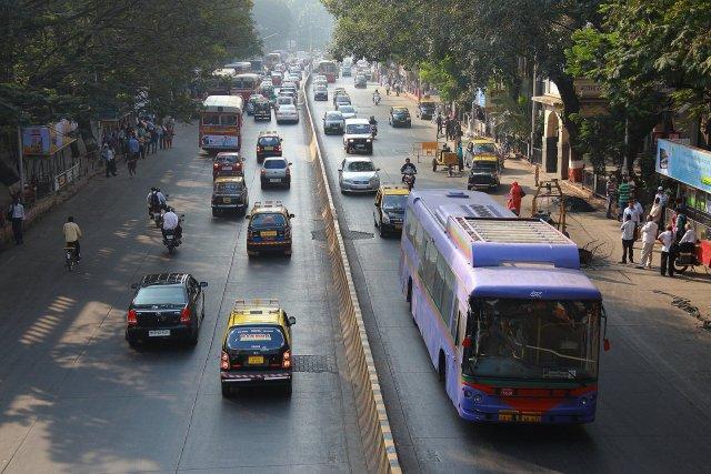 Улица Дадабхаджи Наороджи, Мумбаи