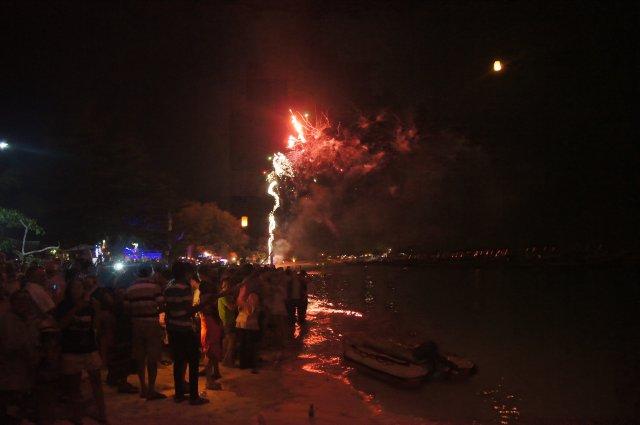 Новогодняя ночь на пляже Ко Липе