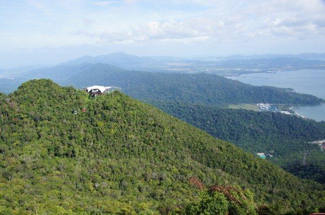 Виден почти весь остров Лангкави