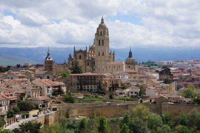 Вид с башни замка Алькасар, Сеговия