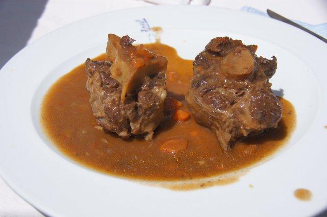 Блюдо из бычьего хвоста