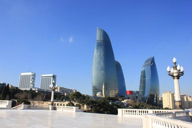 Башни Огня, Баку