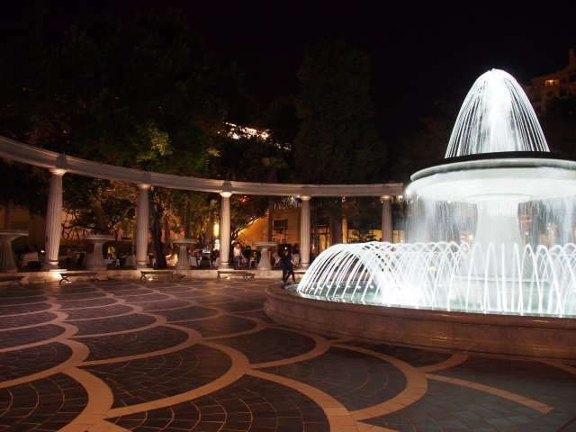 Площадь фонтанов, Баку