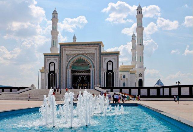 Мечеть Хазрет Султан, Астана