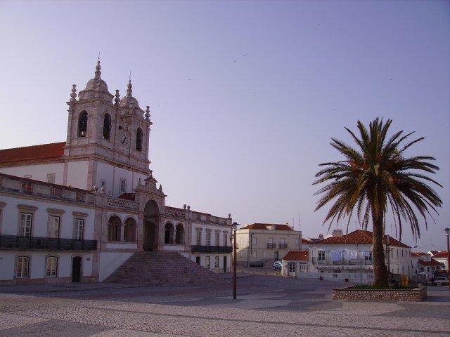 Церковь в Назаре, Португалия