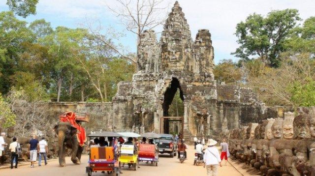Великий Байон, Камбоджа