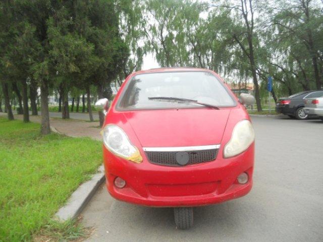 Трехколесный автомобиль Сяо Помбе, Китай