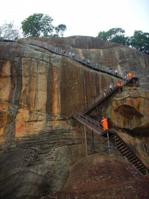 Путь на гору, Сигирия, Шри-Ланка