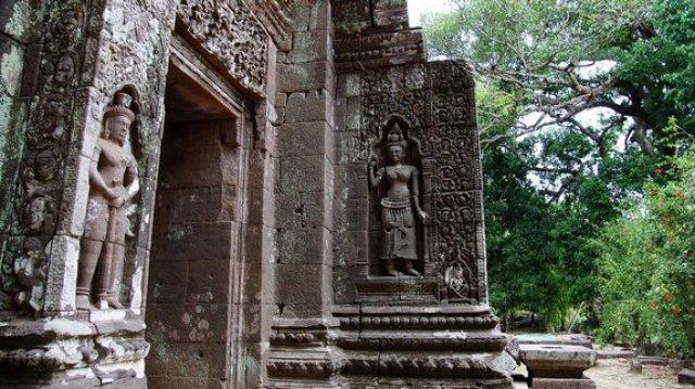 Храм Ват Фу