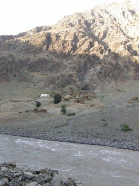 За рекой Афганистан