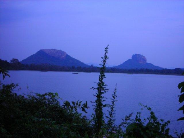 Озеро надежды...... Сигирия, Шри-Ланка