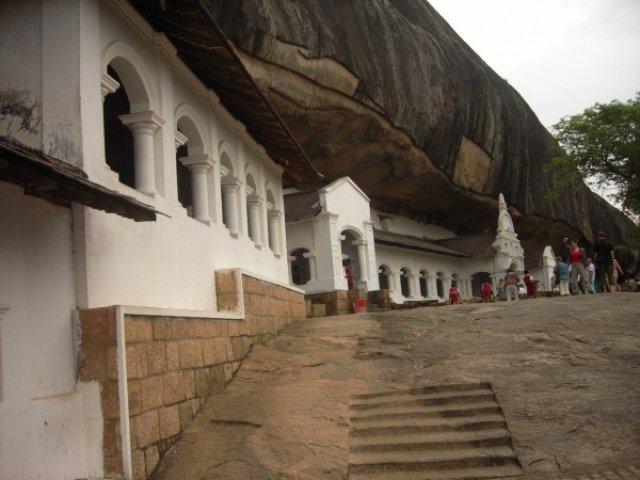 Пещеры Джамбулы, Шри-Ланка