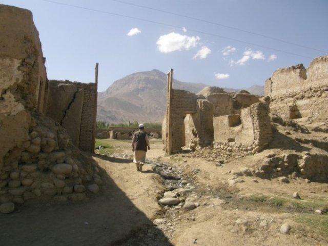 Остатки афганской крепости в Ишкашиме
