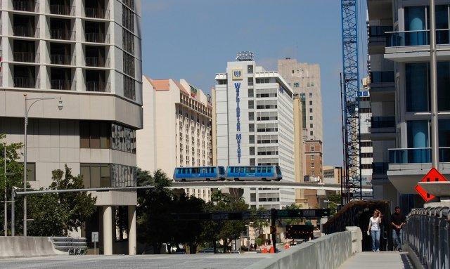 Подвесная монорельсовая дорога Метромувер, Майами
