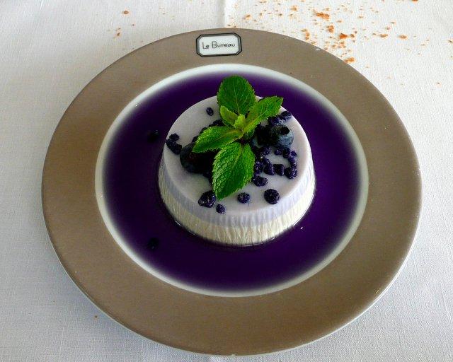 Десерт в ресторане Монако