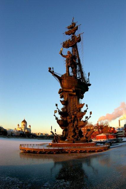 Памятник Петру I в Москве, Россия