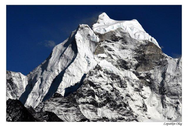 Вид на предзакатные вершины...