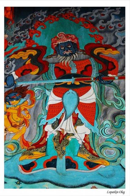 Росписи на стенах монастыря