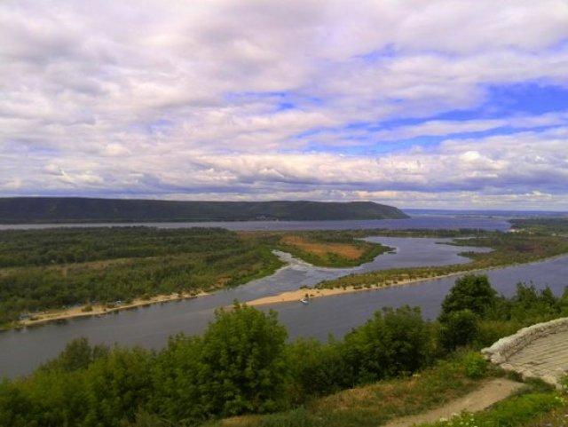 Вид со смотровой площадки «Вертолётка», Самара