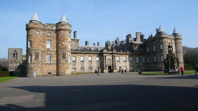 Дворец Холирудхаус, Эдинбург