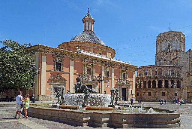 Площадь Святой Девы, Валенсия