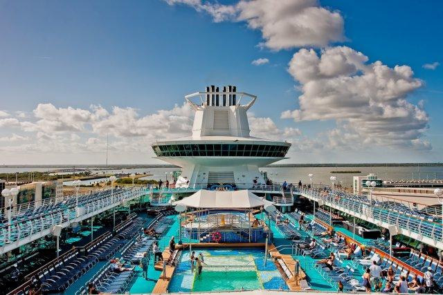 Круизный лайнер, Багамы