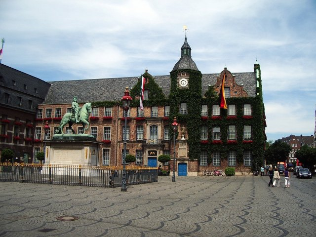Старая ратуша, Дюссельдорф