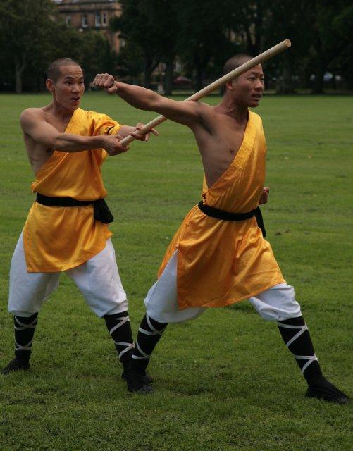 Боевые искусства в монастыре Шоалинь, Китай
