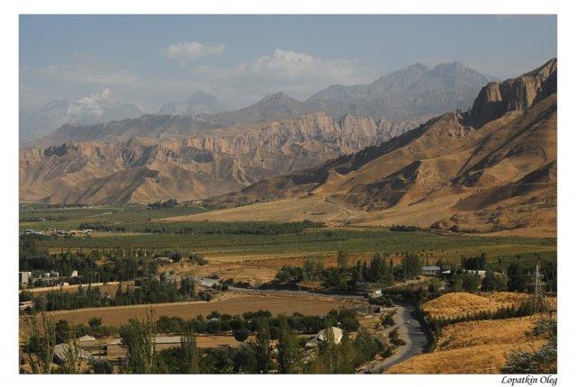 Таджикистан, неподалеку от Педжекента