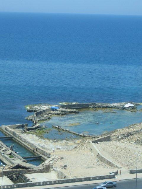 Средиземное море, Триполи, Ливия