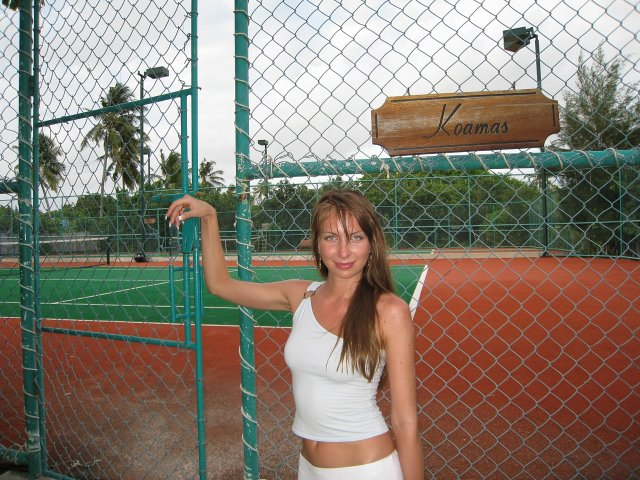 Теннисный корт в Hillton Iru Fushi, Мальдивы