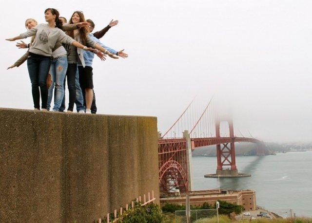 """Золотые ворота"" (Golden Gate Bridge)."