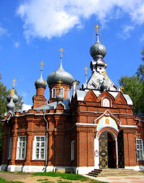 19 - главая Спасо - кладбищенская церковь