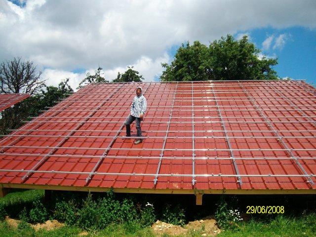 Строительство станции на солнечных батареях